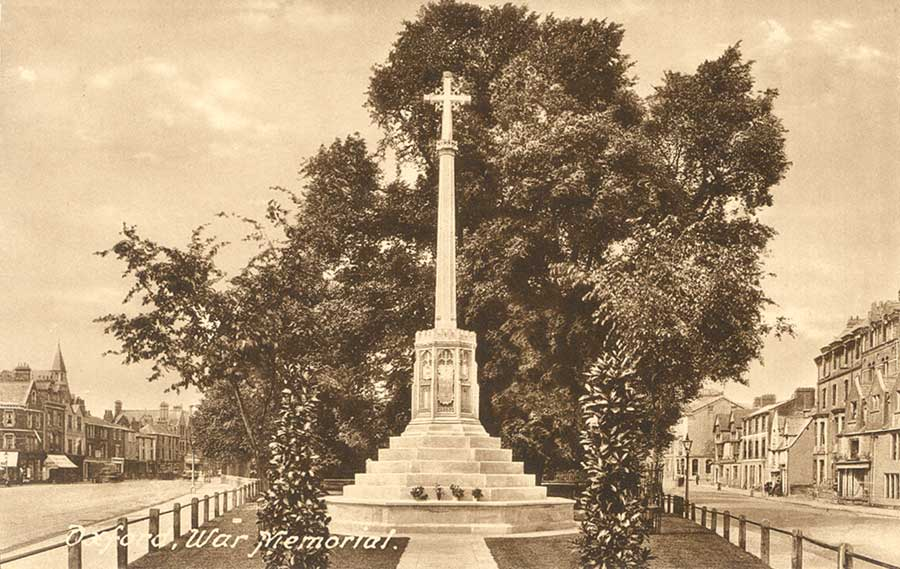 St Giles war memorial old